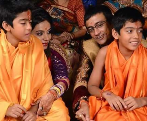 amit bhatt family with sons
